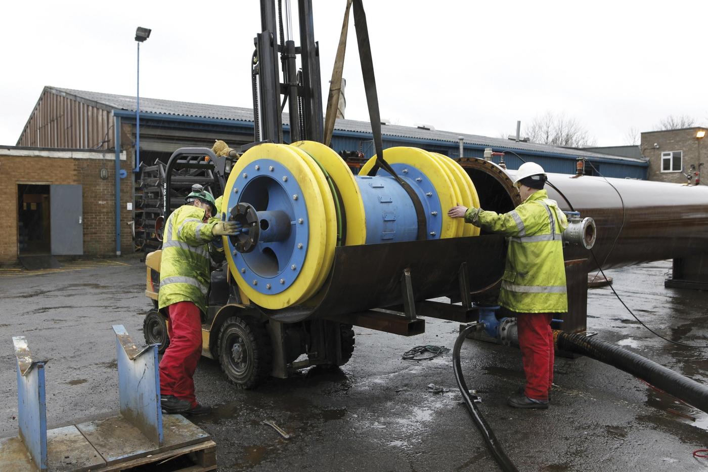 Quot pre commissioning pig pipeline inspection gauge