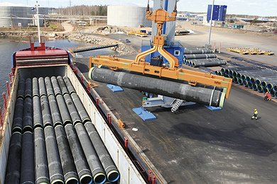 Concrete Coated Pipes Loaded at Kotka Harbour
