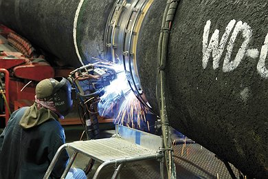 Castoro Sei: Welding and Sealing of Pipes