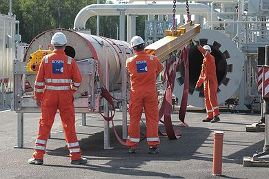 Preparation for the Launch of the Pipeline Inspection Tool in Portovaya